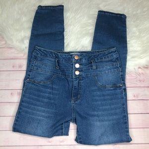 Refuge High Waisted Jeans Size 6